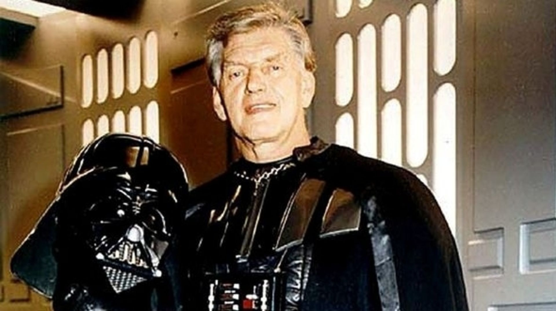 Star Wars: The Old Republic players hold memorial service for Darth Vader actor David Prowse